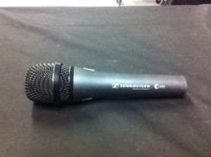 E835 Performance Vocal Microphone