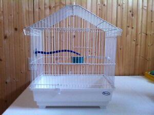 Très belle cage d'oiseaux à vendre pour inséparable, ou autres