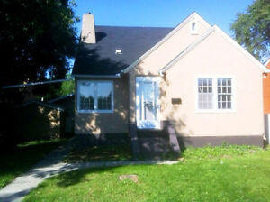 INVESTOR ALERT - 3-BDRM BUNGALOW WITH DBLE GARAGE IN PARKDALE