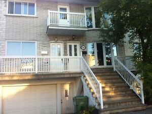 MUST SEE! Large 5 1/2 Upper Duplex, New Renovation. Lasalle