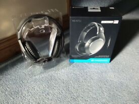 Head phones brand new