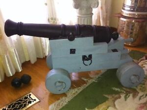 CANNON!! it is real and Fires lead balls with black powder