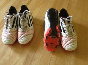Adidas soccer cleats youth size 3