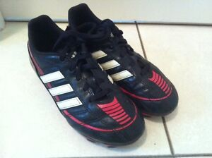 Adidas soccer cleats size 1Y