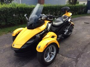 CAN-AM SPYDER, GS SE5, 2009, Jaune /noir.