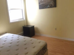 AVAILABLE 2 ROOMS NOW, STEPS from Dal/Kings/Hospital BEAUTIFUL