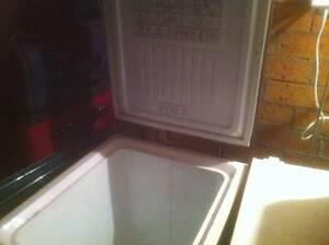 Simpson tuckerbox freezer Geilston Bay Clarence Area Preview