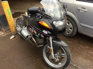 BMW R1100S 2000 // PARTING OUT