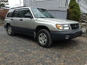 2000 Subaru Forester Hatchback
