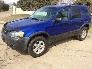2005 Ford Escape, XLT, AUTO, 4X4, LOADED, 179k, $4,500