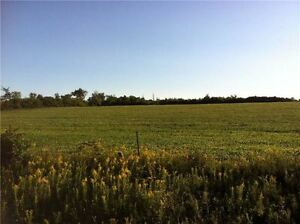 FANTASTIC  BUILDING LOT ---  Vacant Land
