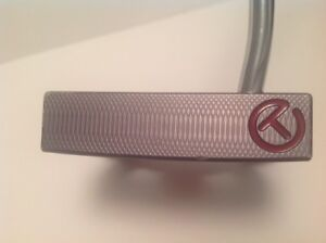 RARE SCOTTY CAMERON FUTURA CIRCLE T FOR TOUR USE ONLY!!!