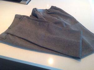 Pantalons gris du Collège St-Hilaire