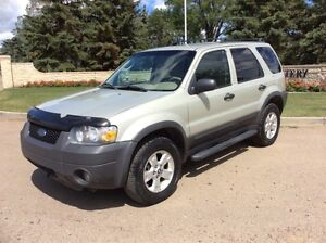 2005 Ford Escape, XLT-PKG, AUTO, 4WD, LOADED, $4,500