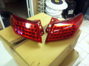 INFINITI FX35 - FX45 OUTER OEM TAIL LIGHTS 2003-2008