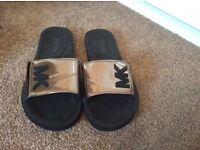 Michael kors flip flops