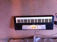 Yamaha electric piano keyboard YPT200