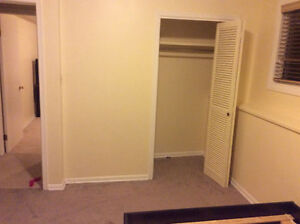 two rooms for rent, 25mins walk to university