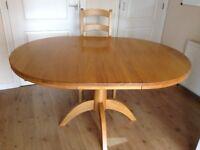 Dining/kitchen extending oak table
