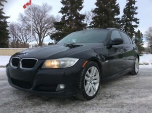 2011 BMW 323i, AUTO, *** FINANCING AVAILABLE ***