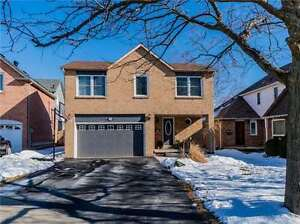 BEAUTIFUL GLEN ABBEY 3BR HOME BACKING ONTO RAVINE(W3709613)