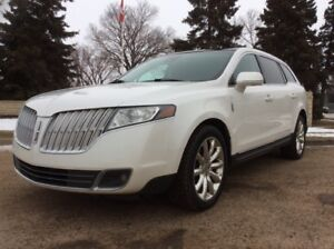 2011 Lincoln MKT, LIMITED-PKG, AUTO, AWD, LEATHER, ROOF!