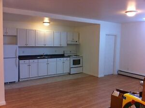 2 bed Garson available Now or Nov 1st