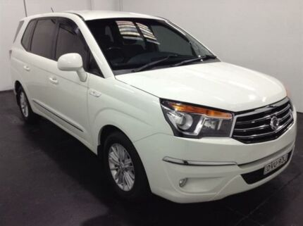 2014 Ssangyong Stavic A100 MY13 White 5 Speed Automatic Wagon Cardiff Lake Macquarie Area Preview