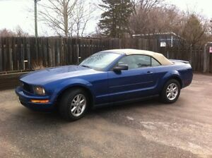 2007 Ford Mustang V6 Convertible