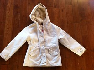 Girls Size S/P - 5/6 - Gap - Off White Lined Button Coat