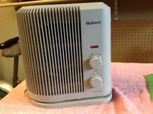 Holmes Oscillating Space Heater