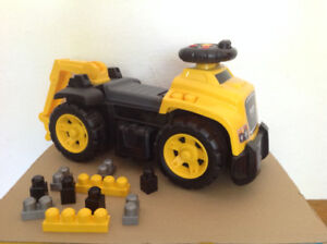 Ride-on Excavator 3 in 1 Mega Bloks CAT