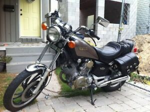 """Looking for a windshield to fit a 85 Yamaha XV500 or 7/8"""" bars"""