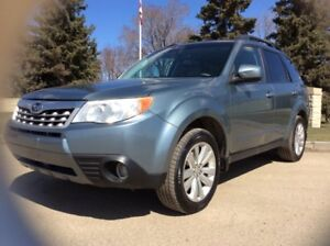2011 Subaru Forester 2.5X, PREMIUM-PKG, AUTO, AWD, LOADED, ROOF!