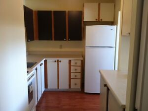 Good location 2bedroom ch. Freeman -avail for May