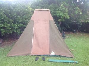 Touring tent for sale; real Canvas; fast set-up. Trinity Beach Cairns City Preview