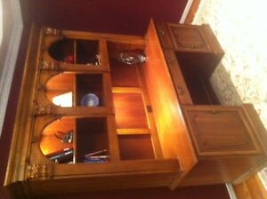 HOOKER FURNITURE combination desk and bookcase unit, cherry wood