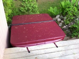 Hot Tun Spa cover  Only 2 weeks old Peterborough Peterborough Area image 1