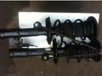 VAUXHALL-VECTRA-2-2CC-HATCHBACK-20005-USED N/S/F AND O/S/F SUSPENSION-LEG