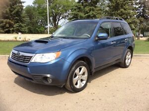 2010 Subaru Forester, Limited, AWD, AUTO, LEATHER/ROOF, $14,500