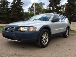 2004 Volvo XC70, CROSS COUNTRY, AUTO, AWD, LOADED, LEATHER, ROOF