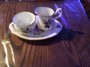 Vintage Jubilee Cream / Sugar Set and Tray