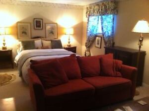 SHORT AND LONG TERM ROOM RENTALS IN NIAGARA ON THE LAKE