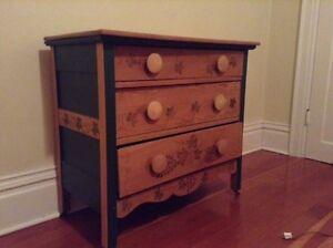 vintage, painted, romantic dresser