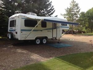 26 FOOT KODIAK 5TH WHEEL CAMPER TRAILER
