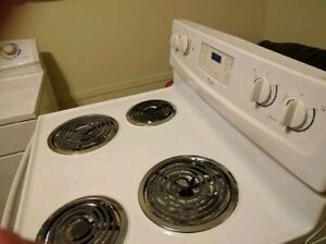 WASHER DRYER STOVE FRIGIDAIRE GALLERY 14 CYCLES HEAVY DUTY West Island Greater Montréal image 5