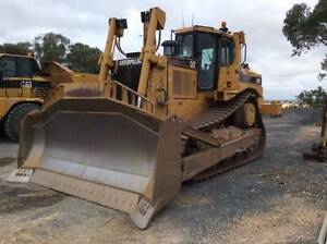 CONSTRUCTION MACHINERY EXCAVATORS DOZERS LOADERS