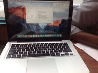 "Macbook pro 13"" i5 late2011 good condition"