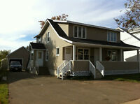 Large 5 bdrm Up and down duplex in dieppe  for sall !!!