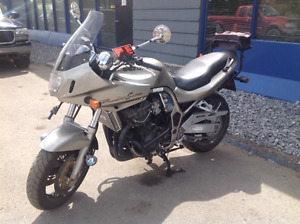 2000 Suzuki Bandit GSF1200 S    Lots of Accessories Included!